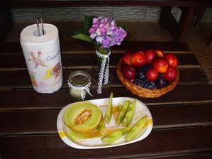 poobede troška ovocia