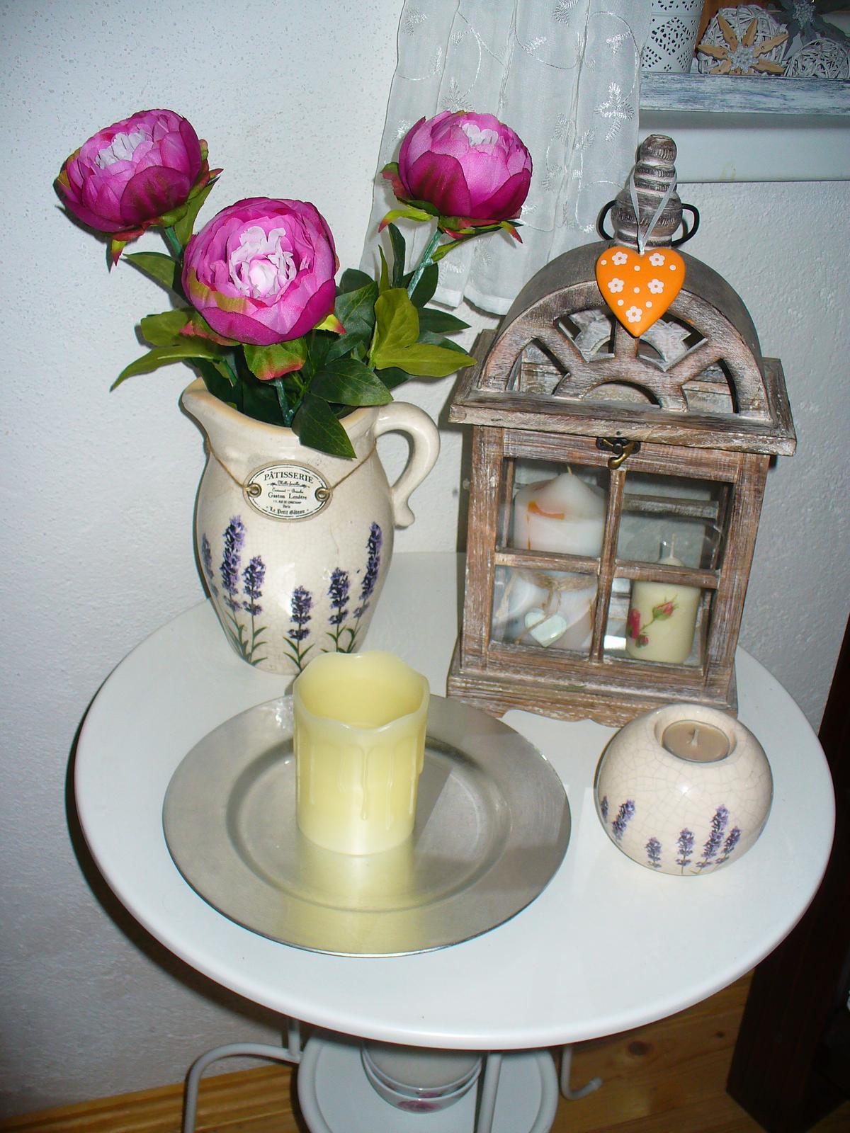 Moje dekorky - moje radosti - a ešte jedna vosková