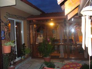 večerná terasa