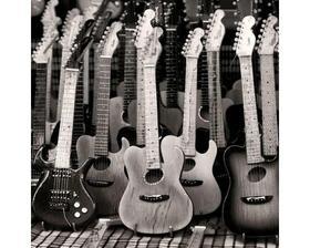 Tapeta do izby pre  môjho krpca gitaristu