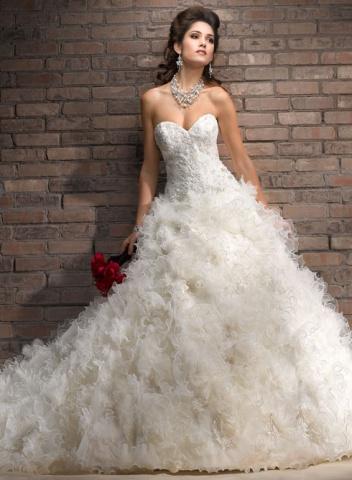 Čo už mááááme... - šaty aberdeen v www.salonel.sk