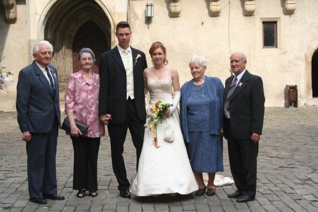 Martina Sramkova{{_AND_}}Martin Skriniar - so starymi rodicmi
