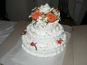 jedna so svadobnych  tort
