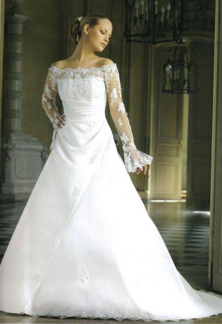 Hanka 7.7.2007 - kdybych se vdávala v zimě, vemu si s rukávem