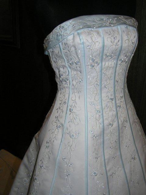Hanka 7.7.2007 - šaty od marys bridal