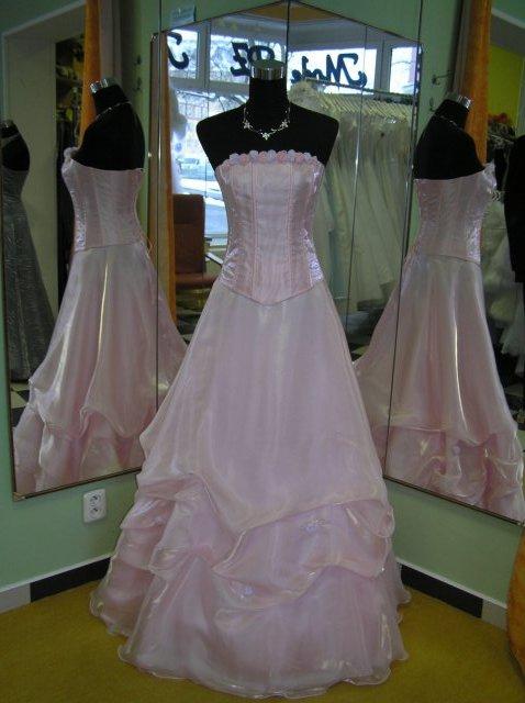 Hanka 7.7.2007 - růžové šay- svatební, nebo večerní :-)