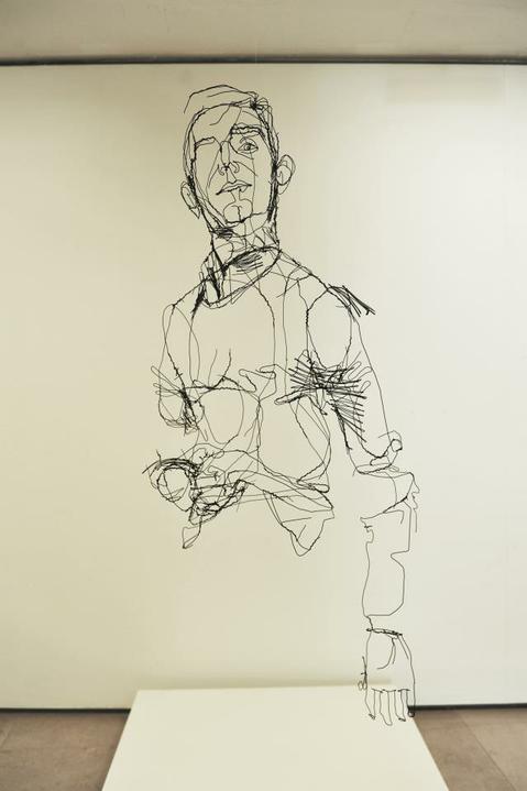 DAVID OLIVEIRA- drôtené sochy,  Galéria  LISABON - Obrázok č. 38