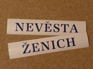 ... i když to není moc vidět tak barva písma je jak jinak než modrá.. :)