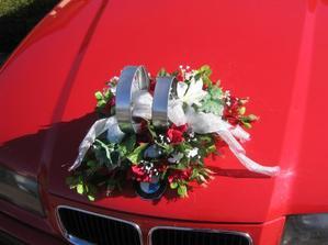 A takové prstýnky na autě by se mi líbily (bez květiny)