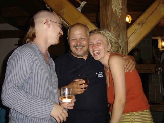 Pali Veselá{{_AND_}}Honza Bortel - A moje překrásná svědkyně s Mužem a strejdou Milanem jedna ruka...