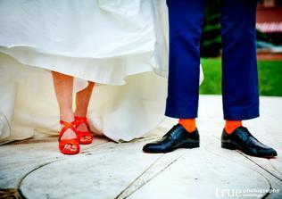 Taky mám v plánu koupit Petříkovi oranžové ponožky..;-)