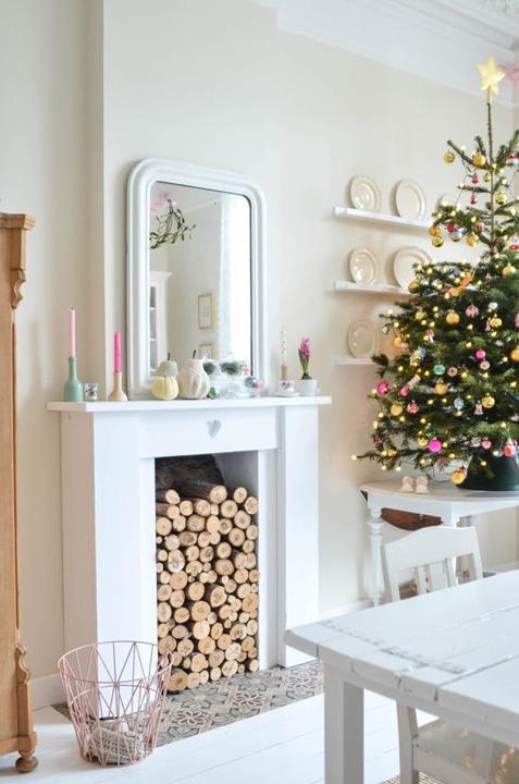 White,black, red christmas..... - Obrázok č. 36