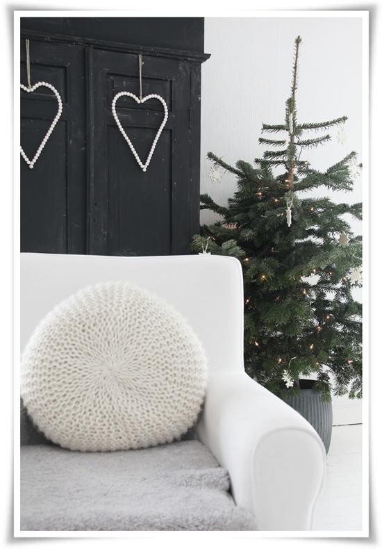 White,black, red christmas..... - Obrázok č. 66
