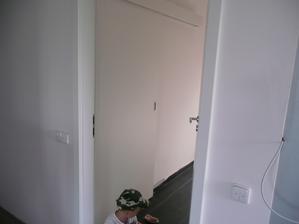 naše posunvé dveře do technické místnosti