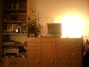 lampu mi dala mamka, kedysi bola v obyvacke