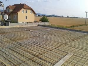 pripravene na betonovanie .... konecne :)