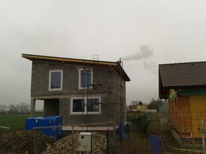 prvy dym s komina ...