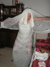 Byla tam i nádherná falešná nevěsta,nevím proč, ale ženich ji nějak moc nechtěl, i když tvrdila, že s ním má dítě