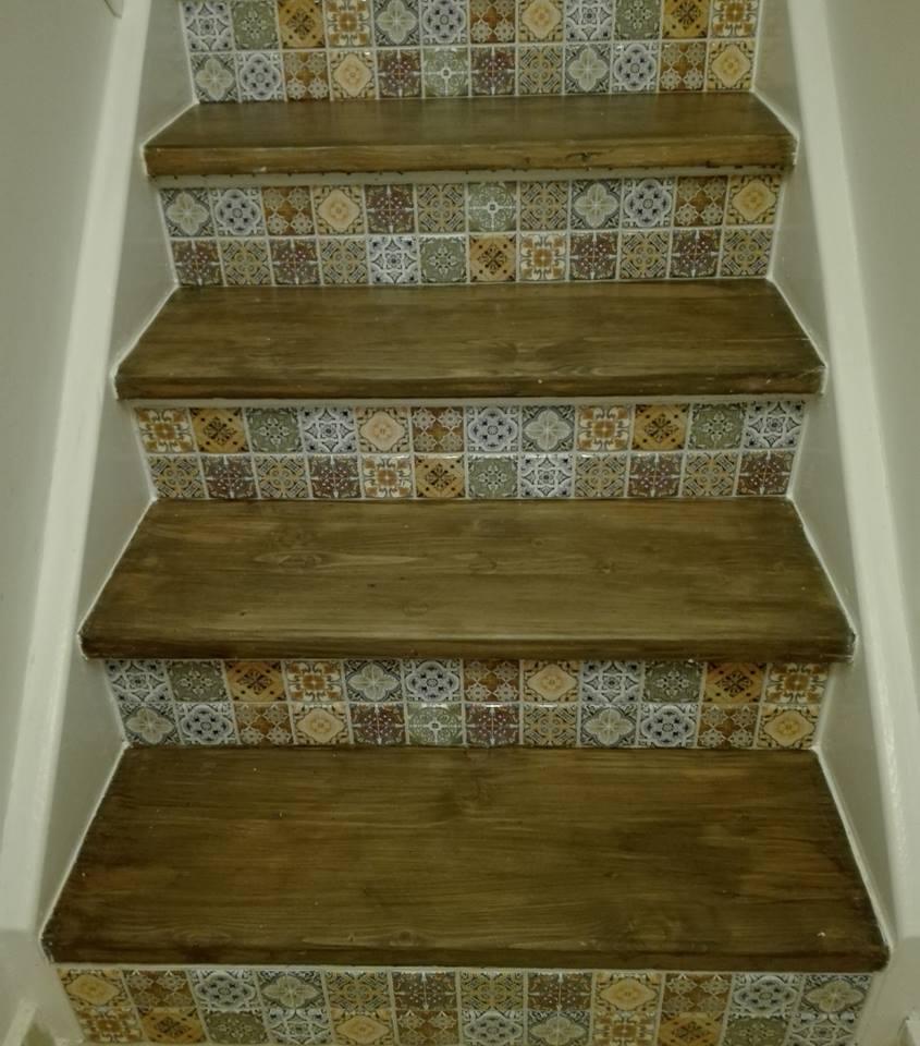 Výzva 2018 schodiště - tmelení...pro mě poprvé.Ještě dám jednu vrstvu nátěru a bude hotovo