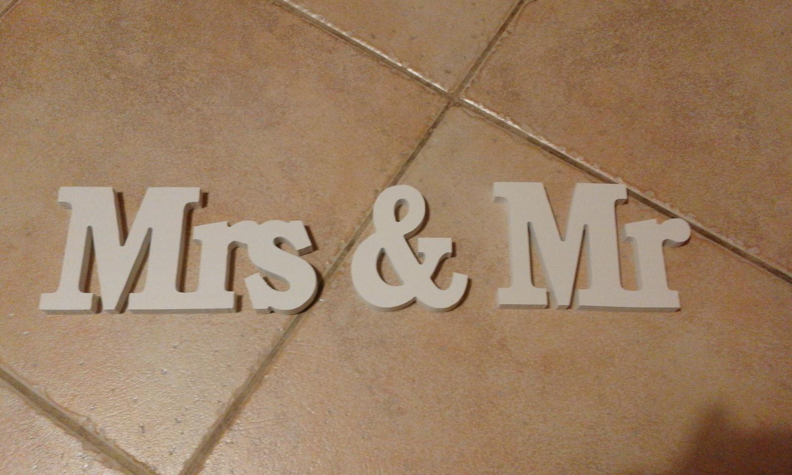 písmena Mr & Mrs  - Obrázek č. 1