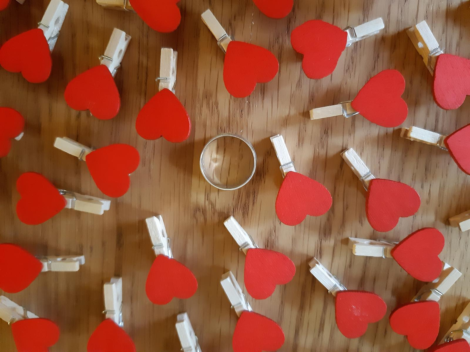 mini kolíčky se srdíčky 50 ks - Obrázek č. 2