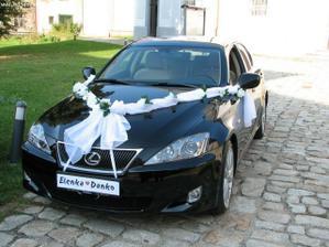 Hm..... autí pro nevěstu....
