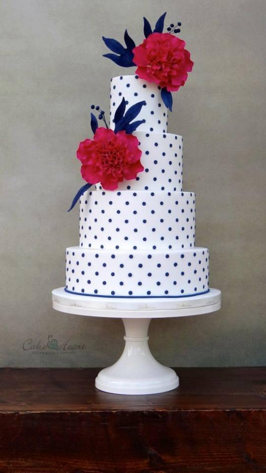 Exkluzívne svadobné torty - Obrázok č. 30