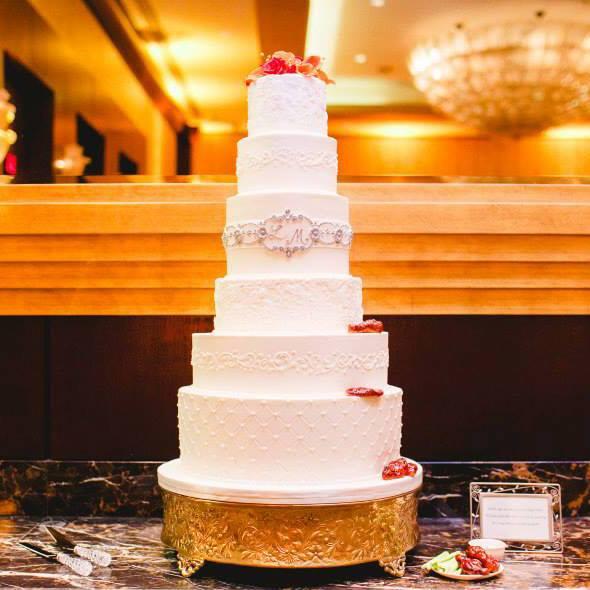 Exkluzívne svadobné torty - Obrázok č. 42