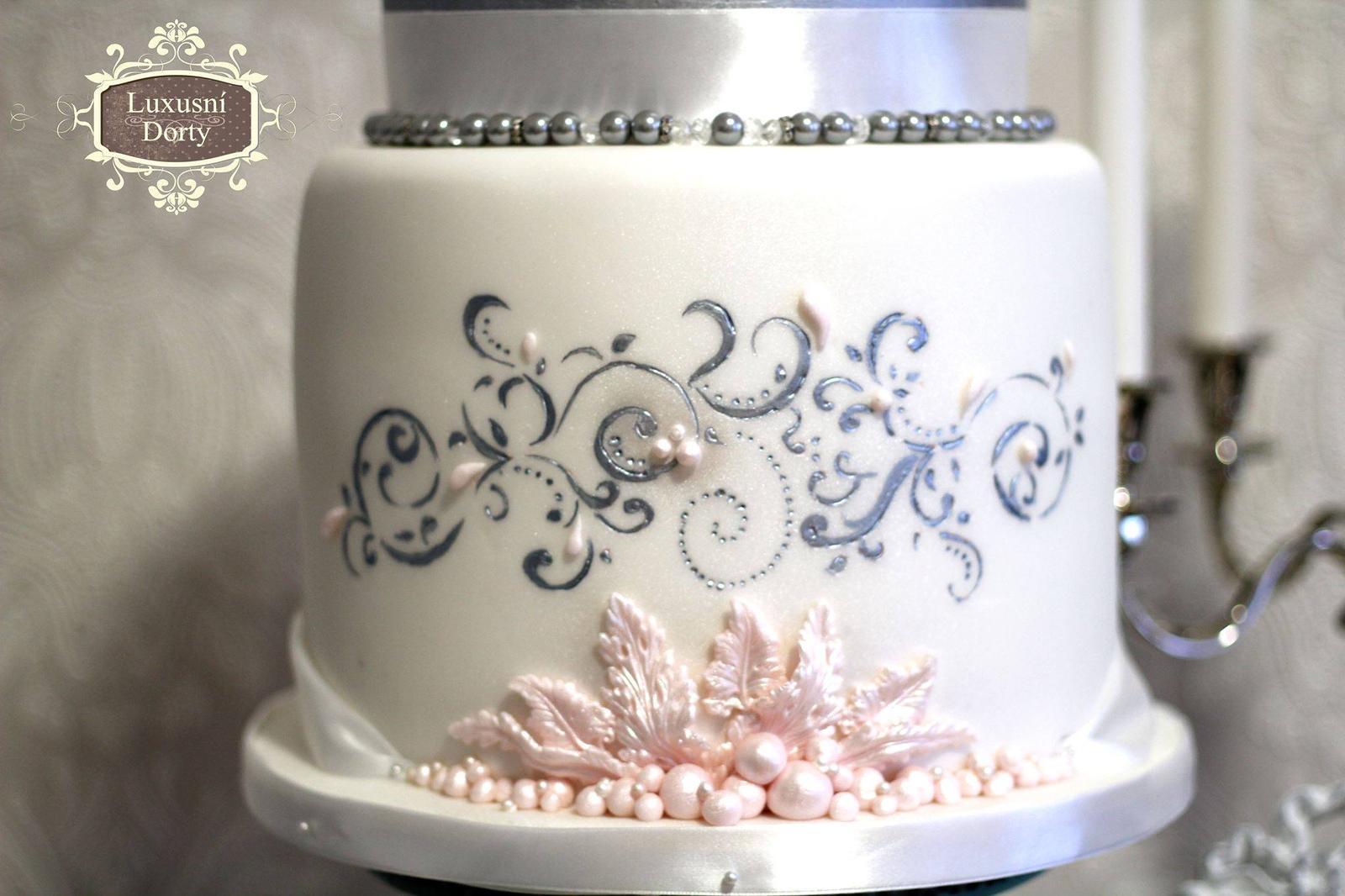 Exkluzívne svadobné torty - Obrázok č. 74