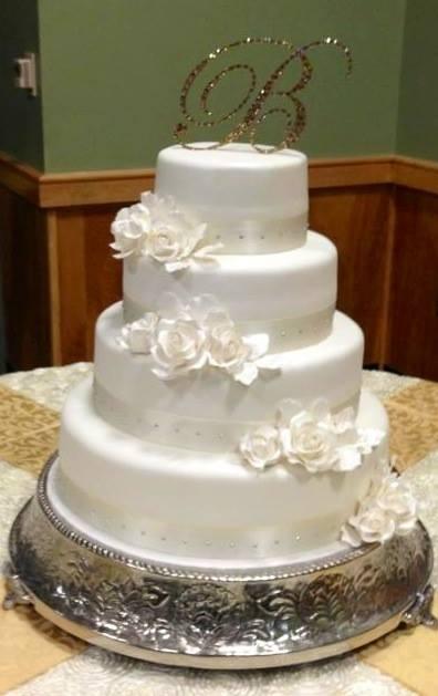 Exkluzívne svadobné torty - Obrázok č. 437