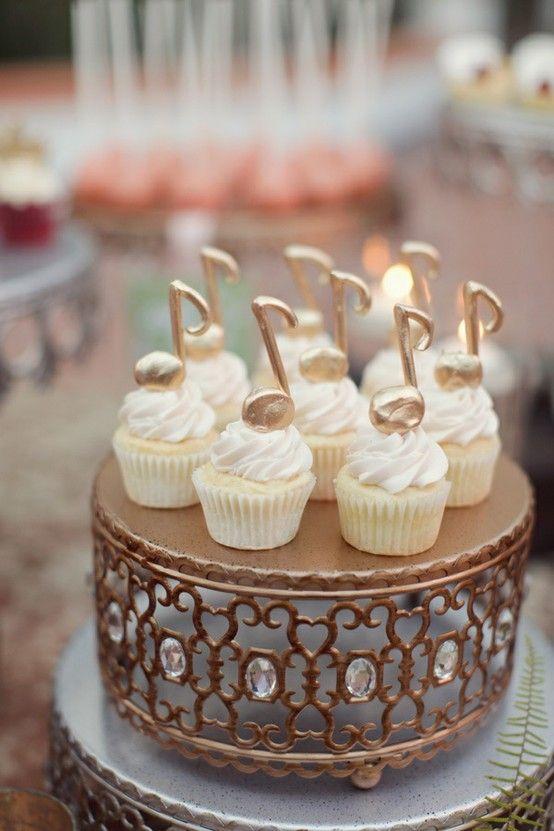 Svadba na hudobnú nôtu - koláčiky