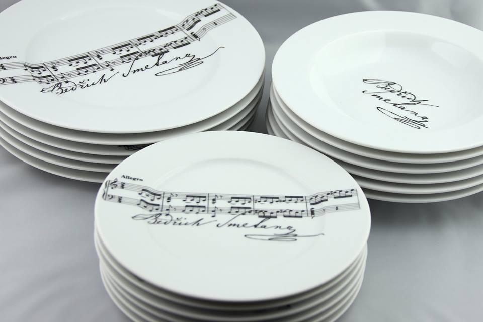 Svadba na hudobnú nôtu - taniere