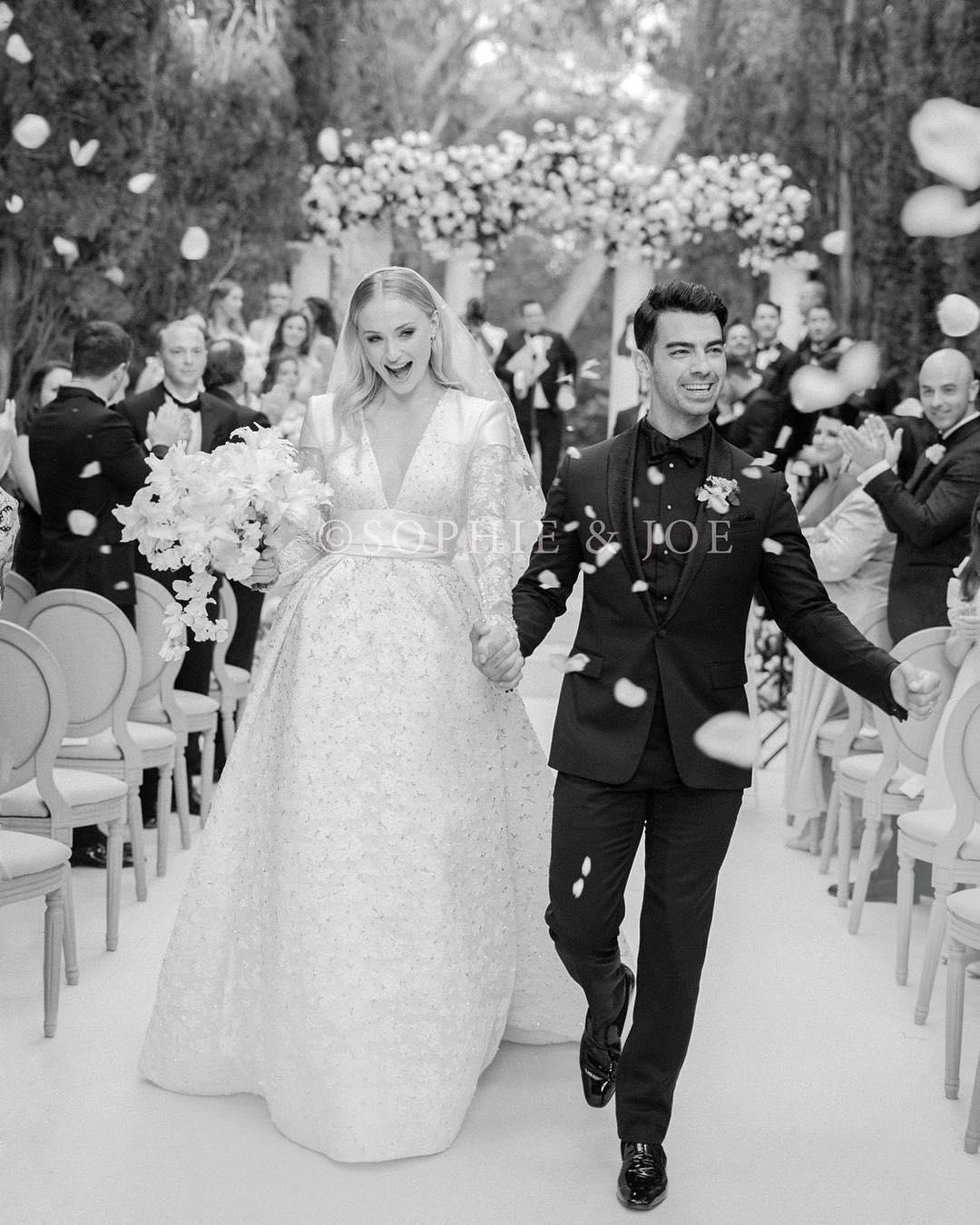 Svadba slávnych II - Spevák Joe Jonas a Sophie Turner
