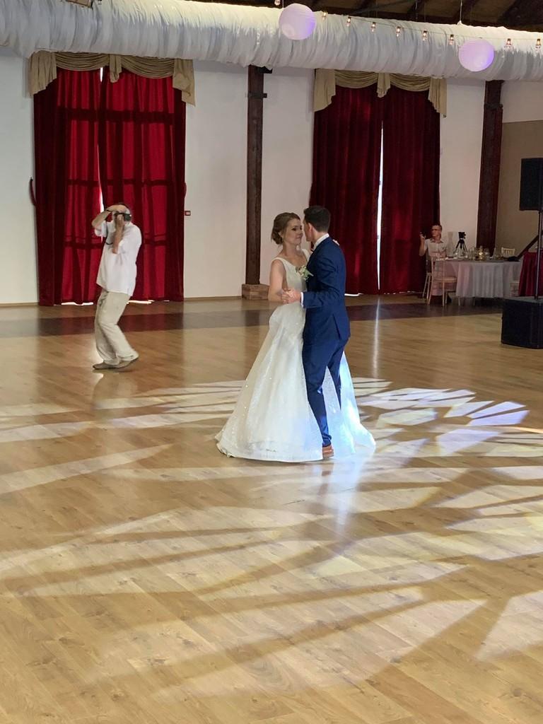 Svadba slávnych II - Moderátorka Lucia Šimová a Peter Marusič