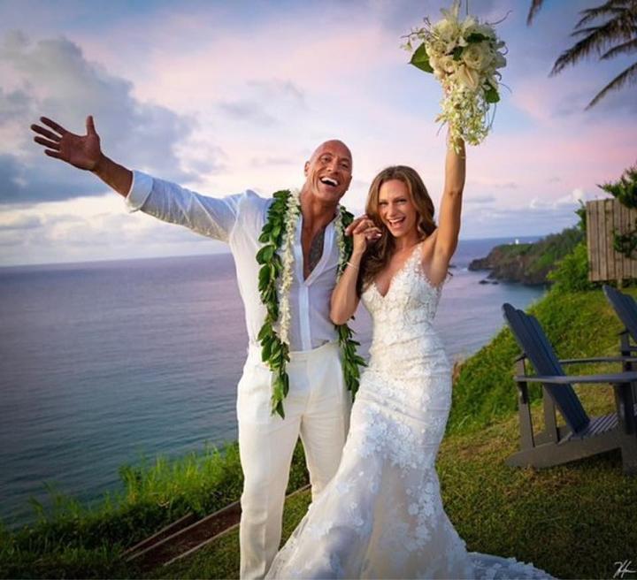 Svadba slávnych II - Herec Dwayne Johnson a  Lauren Hashian