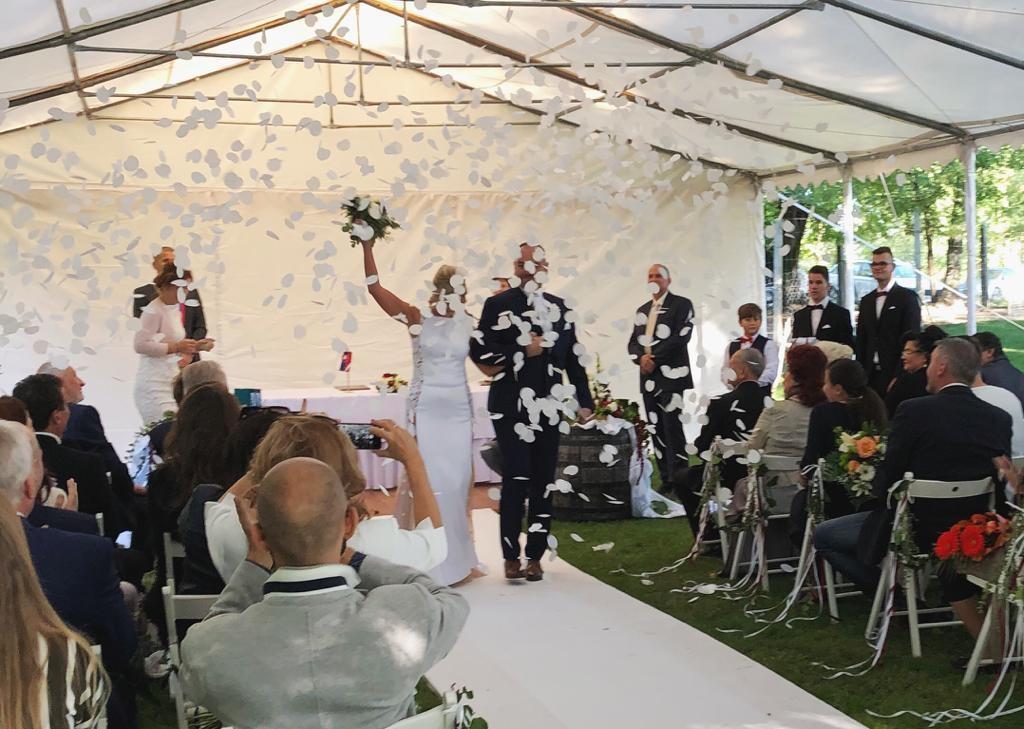 Svadba slávnych II - moderátorka  Andrea Paulínyová a Mojmír Fajnor