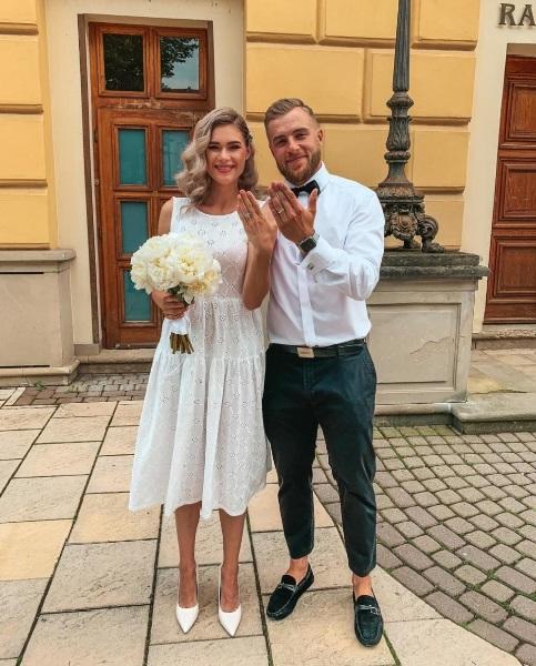 Svadba slávnych II - Slovenský hokejista Adam Jánošík a Alexandra