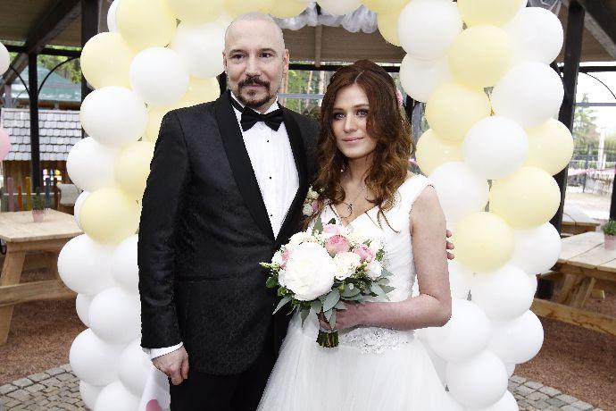 Svadba slávnych II - spevák Bohuš Matuš a Lucia Palkaninová