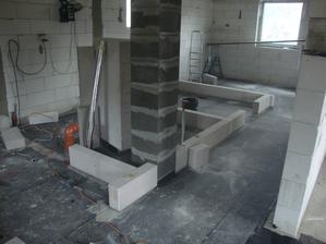 zleva: zádveří, technická, koupelna, ložnice