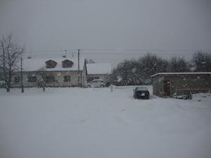 Hurá zima. vločky jak pěsti :)