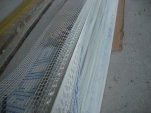 rohovník s prolisem vyrobený na zakázku tak aby perlinka nepřecházela přes roh.