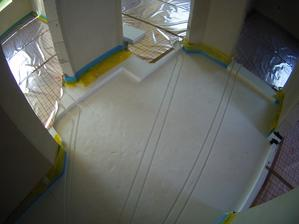 polystyrenový červotoč