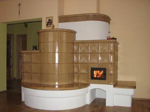 EKOWARM    Ťažká akumulačná kachľová pec vykuruje celý dom