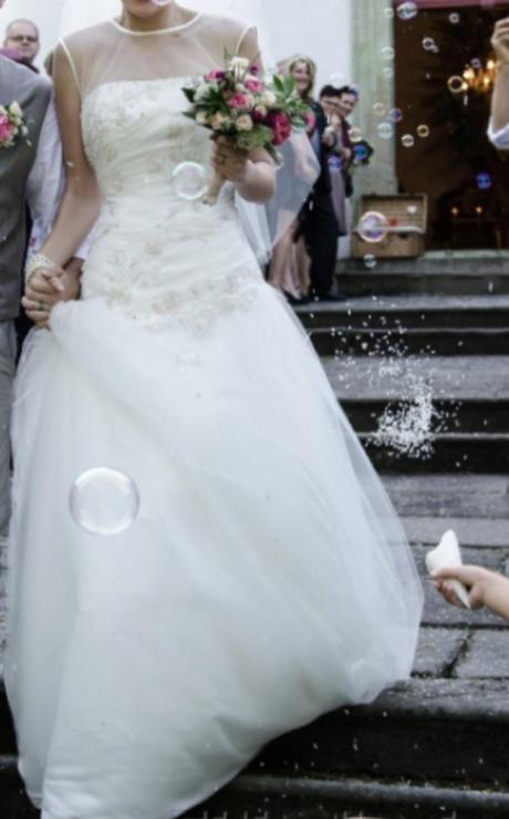 Svatební šaty MK Paris na vysokou nevěstu 36 - 38 - Obrázek č. 1