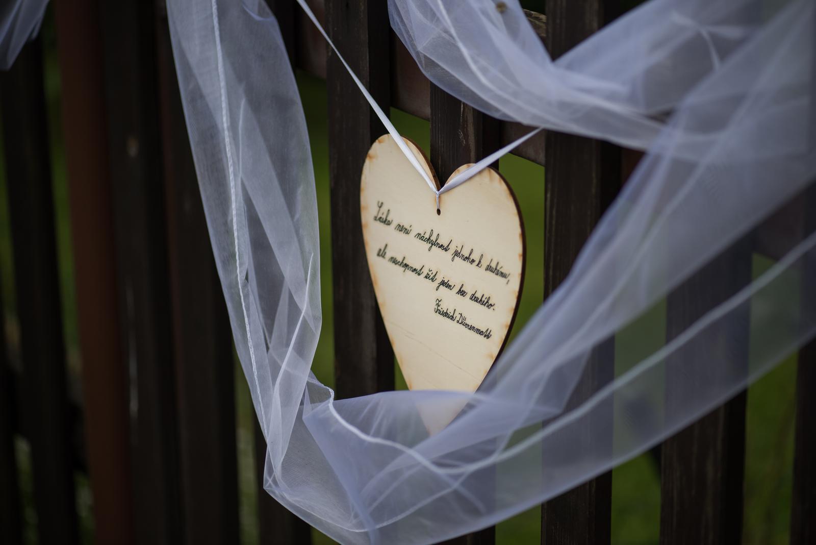 Gabriela{{_AND_}}Michal - Láska není náchylnost jednoho k druhému, ale neschopnost žít jeden bez druhého. :) (Náš oblíbený citát)