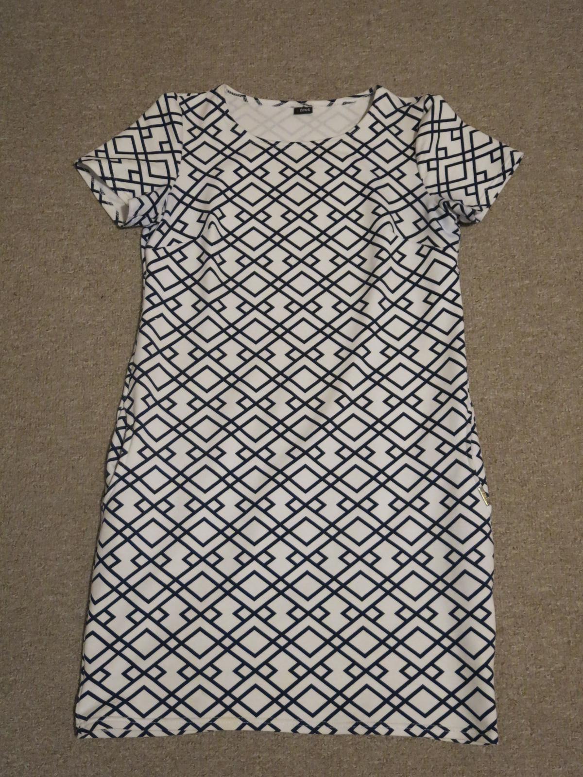šaty Efect - Obrázek č. 1