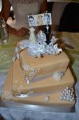 Originální svatební dekorace dortu - fotostojánek,