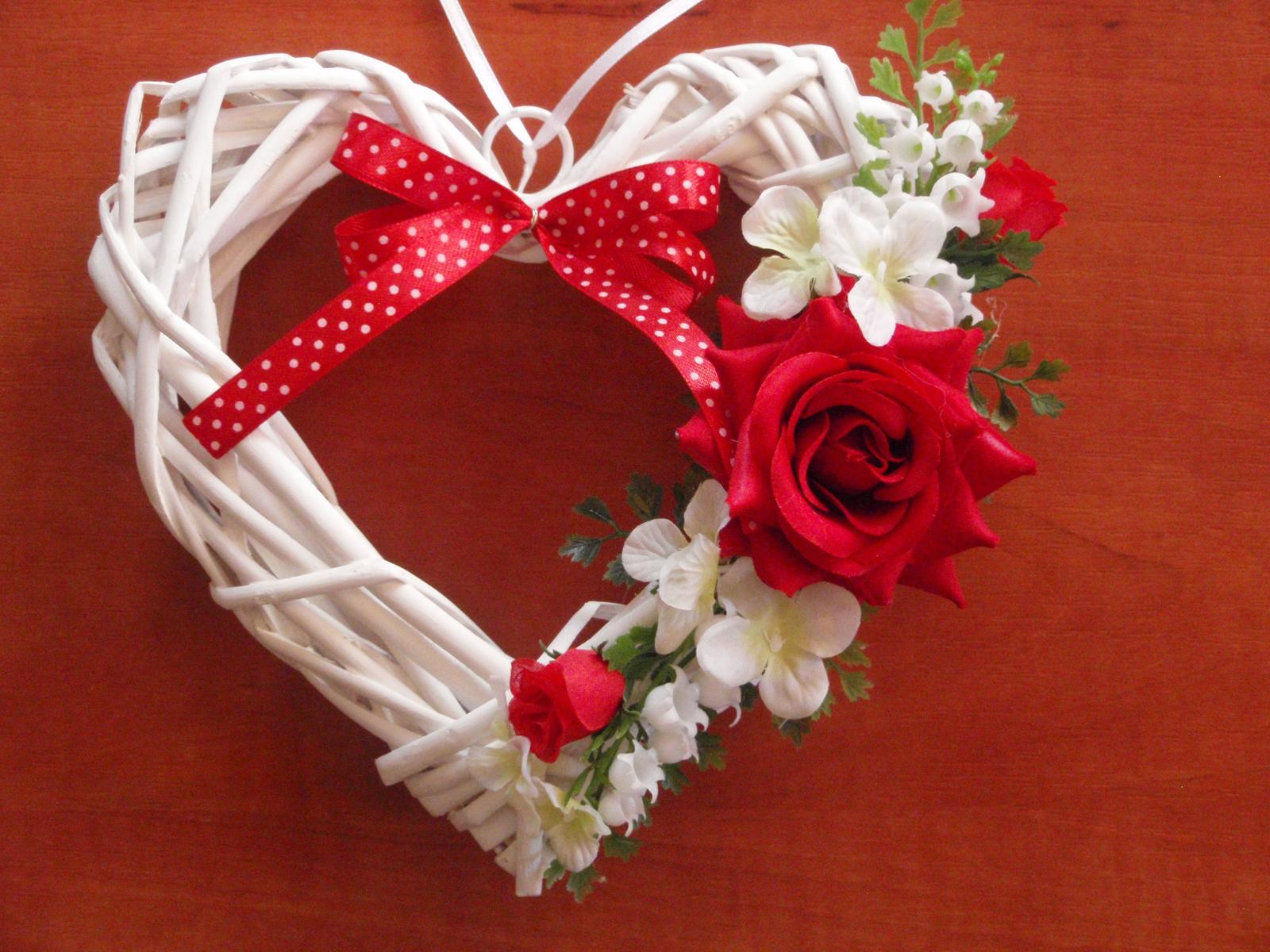 60. Srdce s červenou ružou - Obrázok č. 1