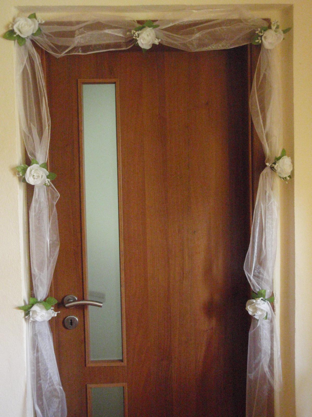 94. Výzdoba na dvere - viac farieb - Obrázok č. 1