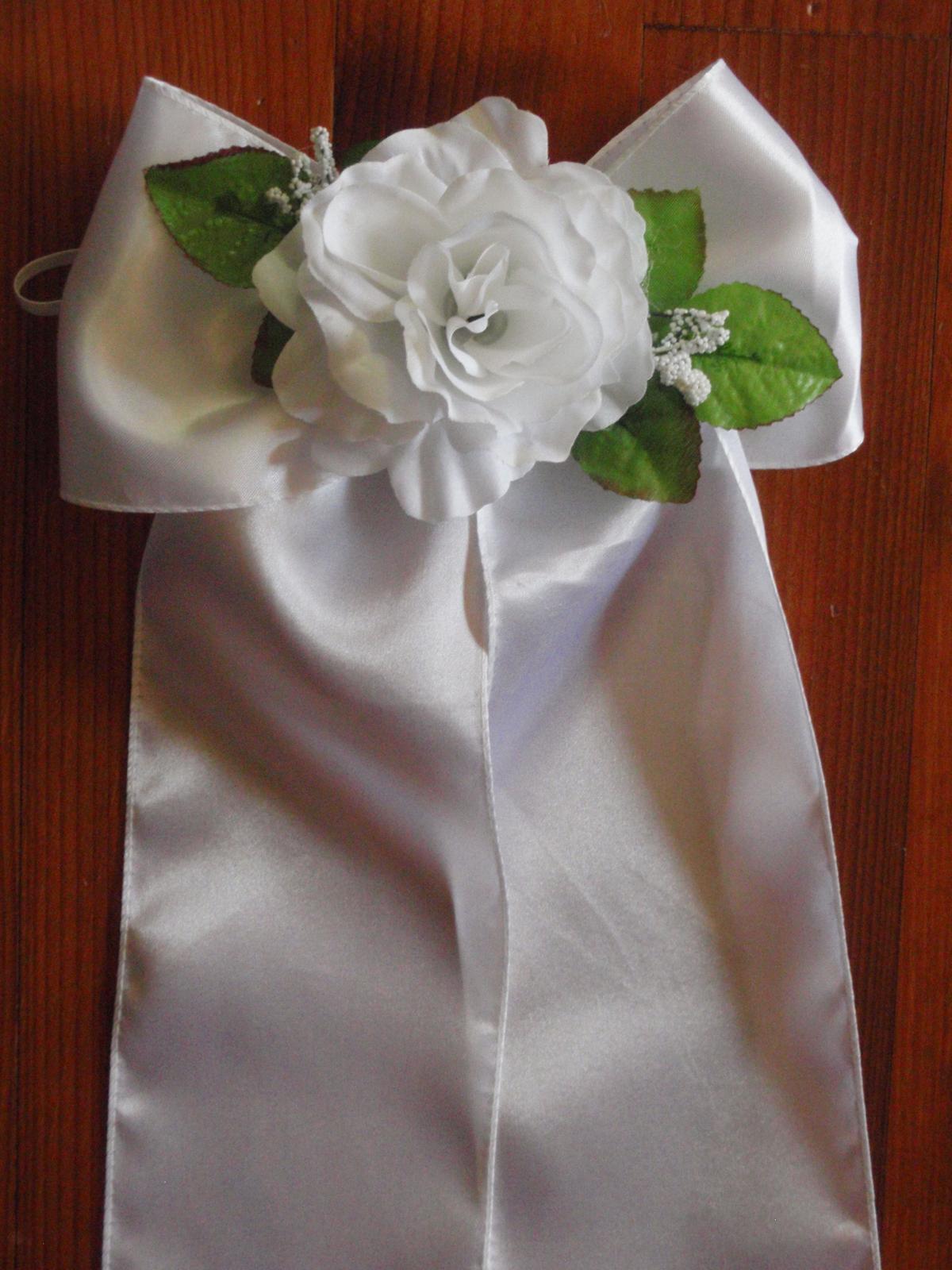 100. Saténové mašle s ružou do kostola - Obrázok č. 1